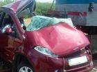 На Запорожье поезд столкнулся с автомобилем, трое погибших