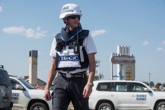 ОБСЕ разместила своих наблюдателей в Станице Луганской круглосуточно - фото