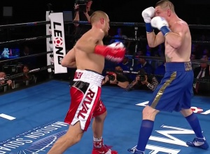 Украинец Шабранский не смог стать чемпионом WBO - фото