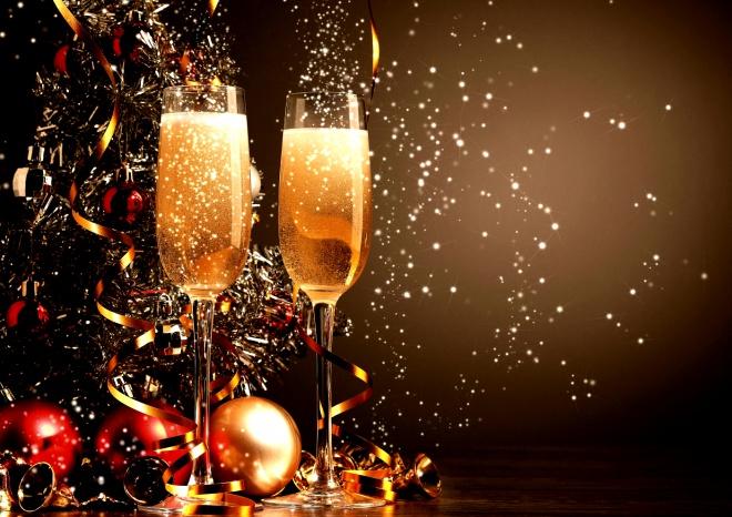 Выходные на Новый год и Рождество будут меньше предыдущих - фото