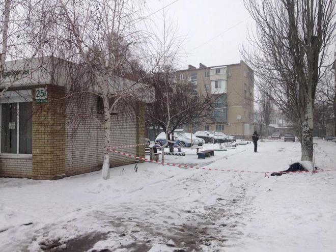 В Бердянске злоумышленник подорвал гранату: погиб сам, ранив трех полицейских - фото