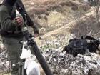 За прошедшие сутки захватчики применяли тяжелое вооружение, ранен защитник