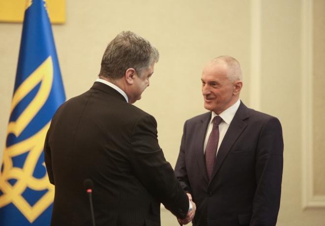 Порошенко назначил председателем Волынской ОГА Александра Савченко - фото