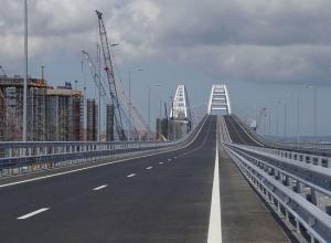 ЕС: Керченский мост - еще одно нарушение суверенитета и территориальной целостности Украины - фото