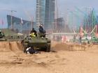 В Питере танк наехал на людей во время военно-исторического фестиваля