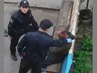 В Сумах патрульная полиция издевалась над беззащитным - видео