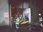 В пожаре на СТО в Одессе пострадали 4 огнеборца