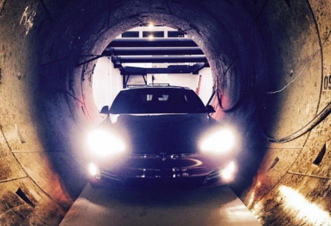 Маск обещает открыть подземный туннель под Лос Анджелесом в декабре - фото
