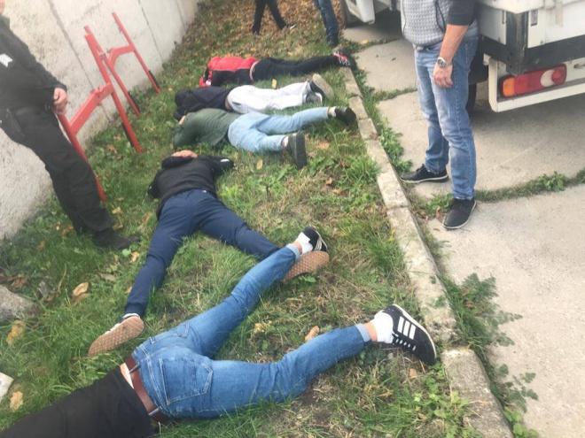 На Хмельнитчине полиция задержала 30 рейдеров - фото