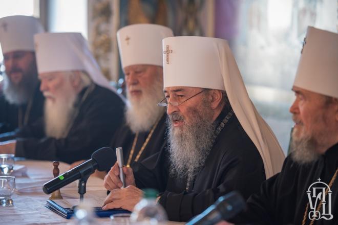 Руководство УПЦ МП не пошло на встречу с Порошенко - фото