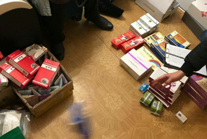 В Киеве под видом таблеток от похудения продавали психотропы - фото
