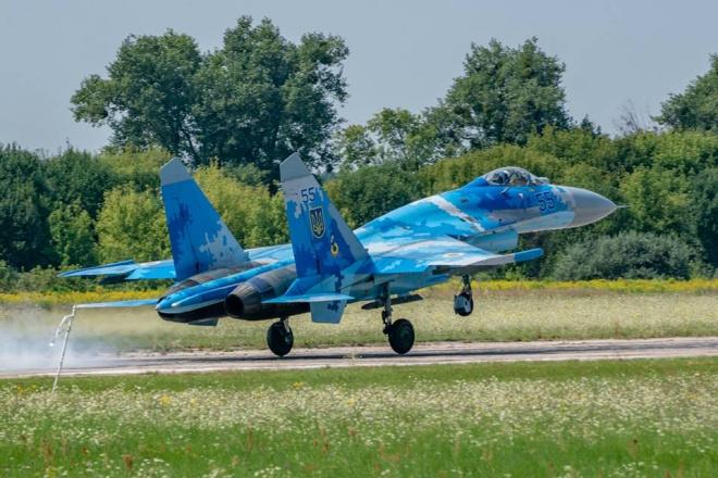 Детали катастрофы Су-27 на Житомирщине - фото