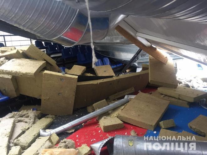 Полиция задержала трех человек за обвал в спорткомплексе в Вишневом - фото