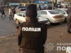 В Николаеве прямо на выходе из суда мужчина расстрелял супругов