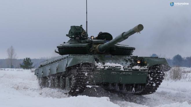 Армия получила более 100 модернизированных танков Т-64 - фото
