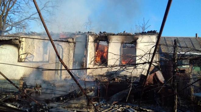 """Т.н. """"братский народ"""" обстрелял дома мирных жителей на Донбассе - фото"""