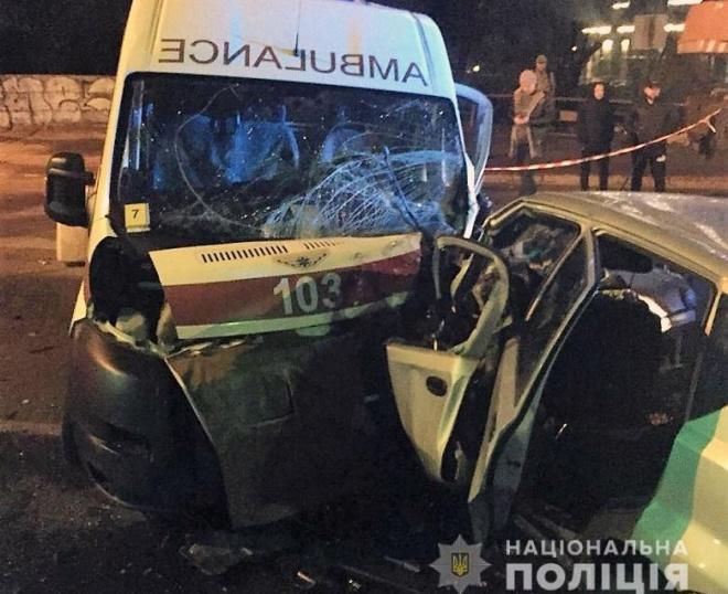 В аварии с участием «скорой» в Киеве погибли три человека - фото