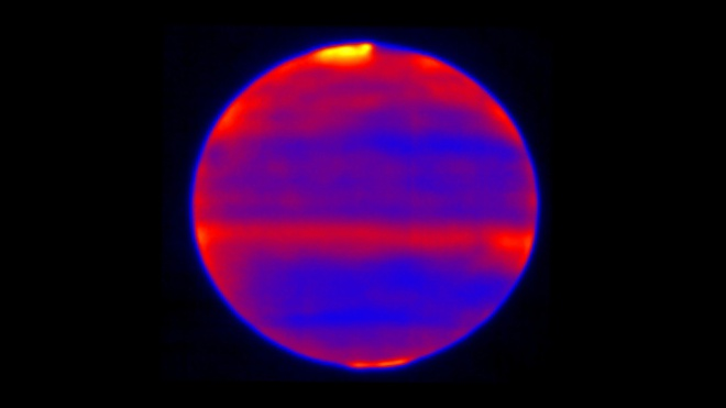 Атмосфера Юпитера нагревается солнечным ветром - фото