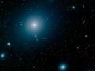 Гигантская галактика вокруг «знаменитой» гигантской черной дыры