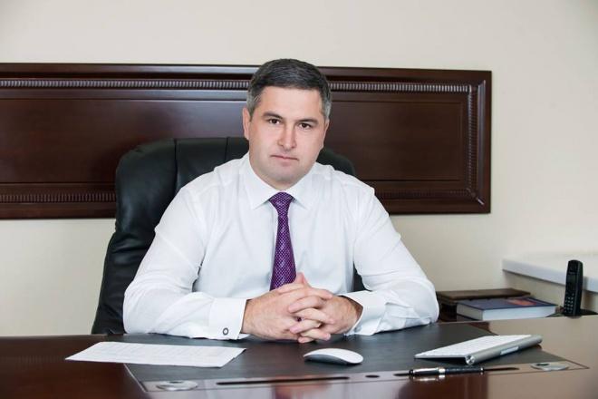 Одиозный судья Аблов отстранен - фото