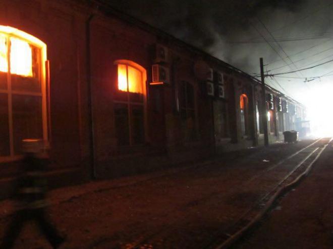 В пожаре в одесской гостинице погибли 8 человек - фото