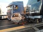 11 автомобилей вместе с рейсовым автобусом попали в ДТП под Уманью
