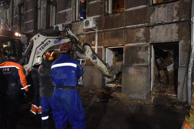 Число погибших при пожаре в одесском колледже увеличилось до 5 - фото