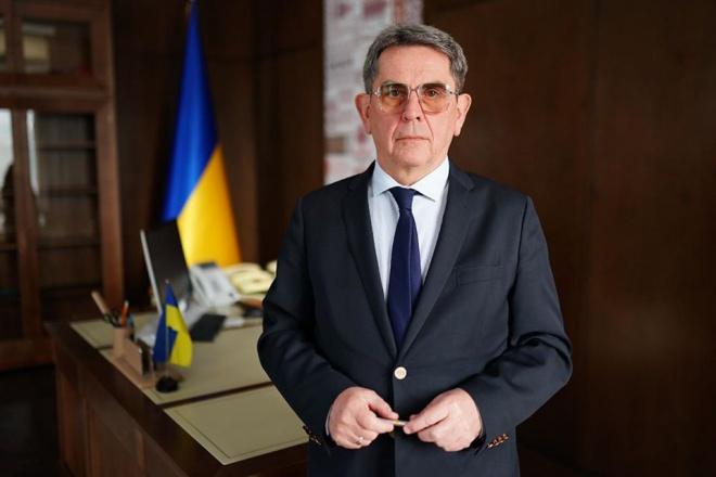 Емец обратился к украинцам в связи коронавирусом, призвал ограничить передвижение по стране - фото