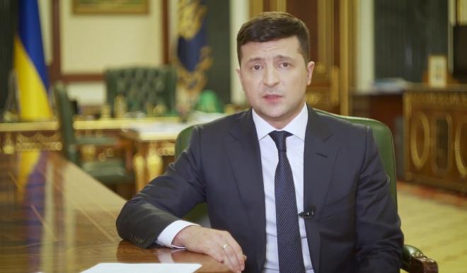 Зеленский сказал, когда пенсионерам выплатят по тысяче гривен и когда индексируют пенсию - фото